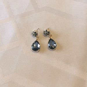 ST JOHN crystal Earrings.